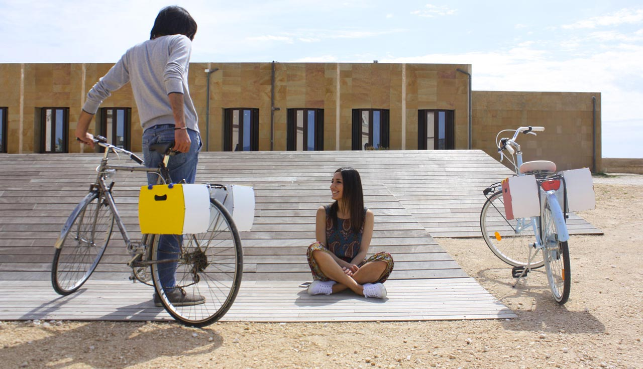 borsetta bici modello pop di per bike pagina contatti